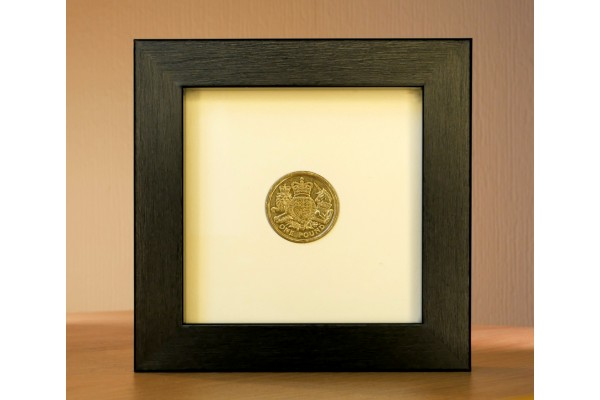 Single £1 Coin Frame (old style round coin)